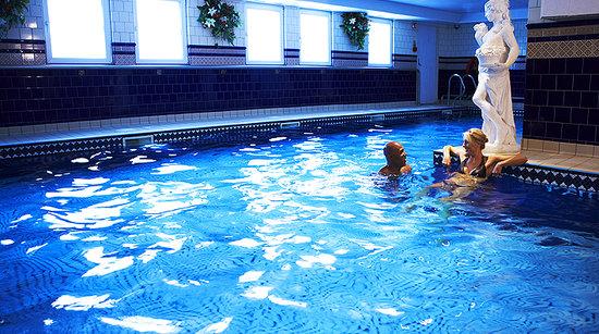 Club Spa pool
