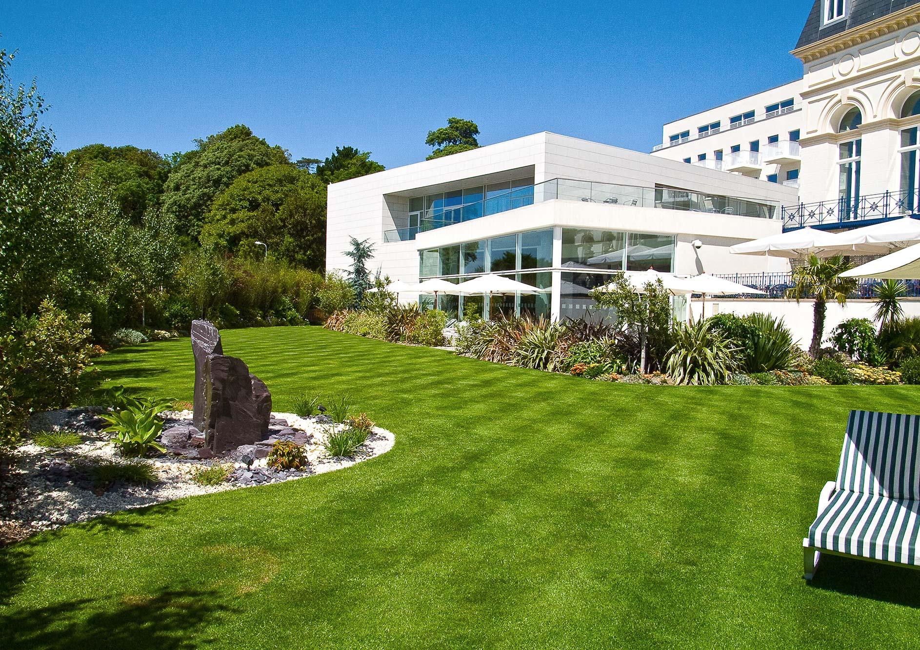 HoteldeFrance Garden