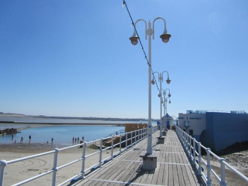 Ommaroo Pier 1