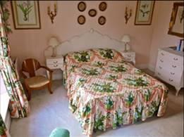 Riverhouse Bedroom double