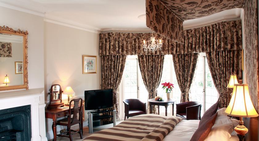 Chateau la Chaire Bedroom