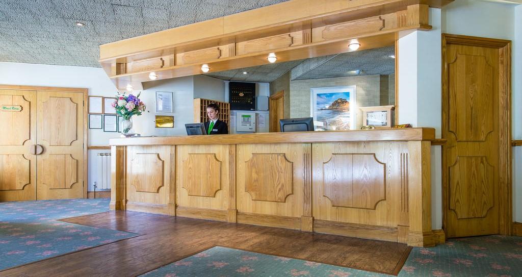 Monterey Front Desk
