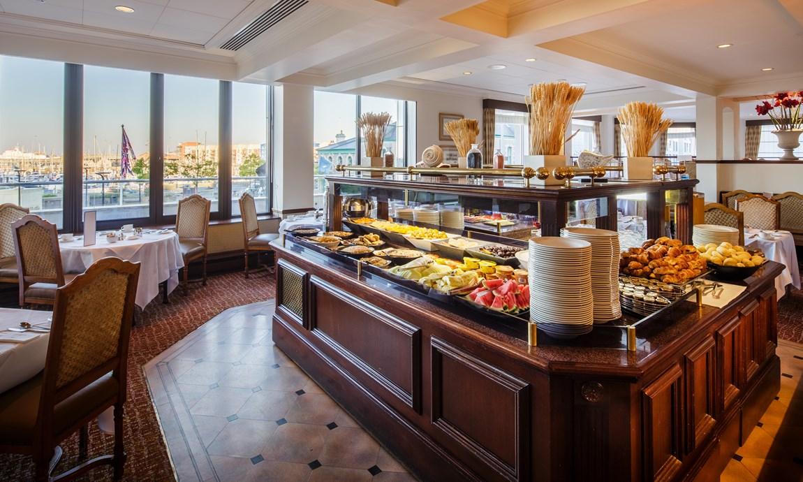 Pomme dOr Harbour Room Breakfast