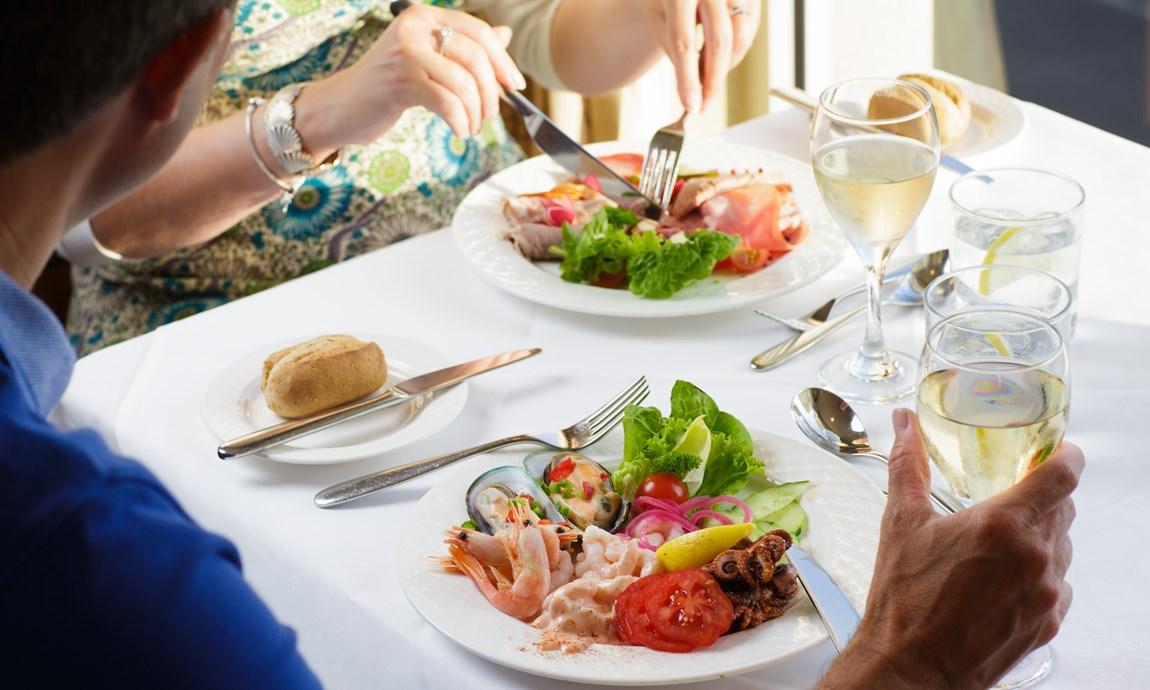 Pomme dOr Sea Food buffet